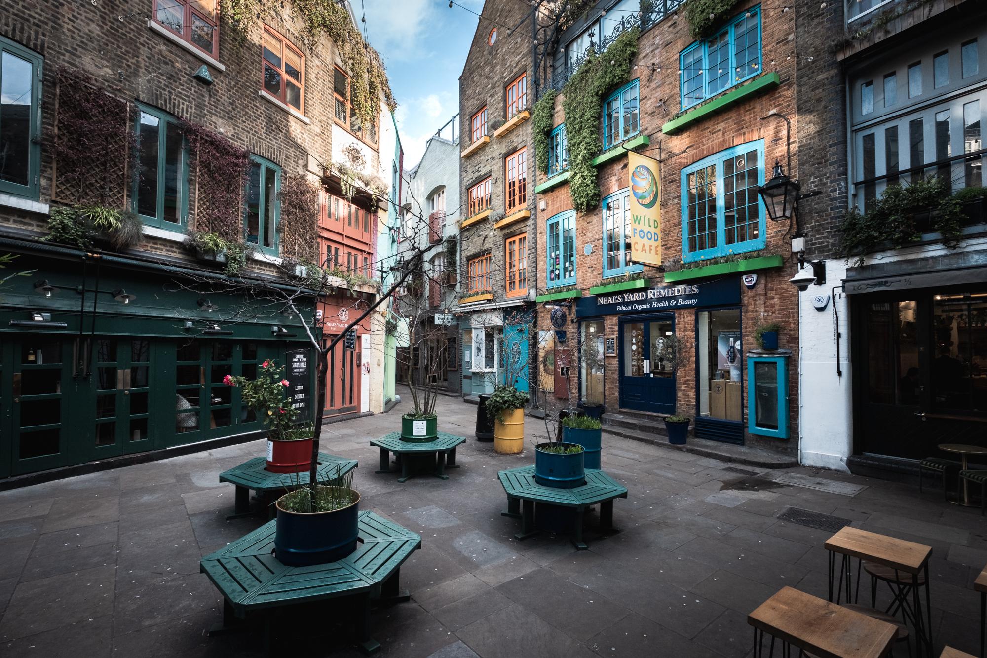 London Chrome -190307 - Covent Garden - 015.jpg