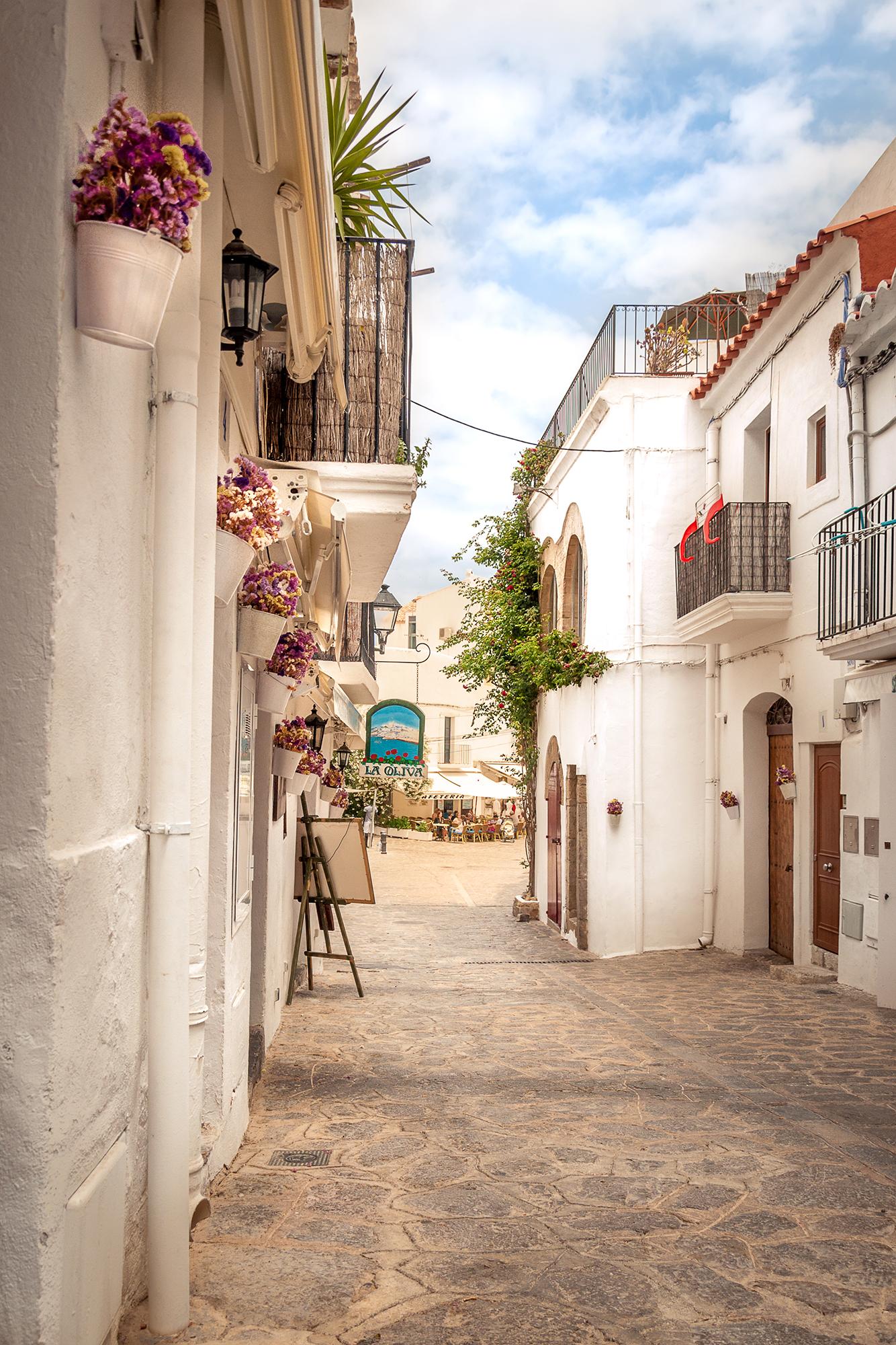 130626 - Ibiza - Daytime - Ibiza Town 001.jpg