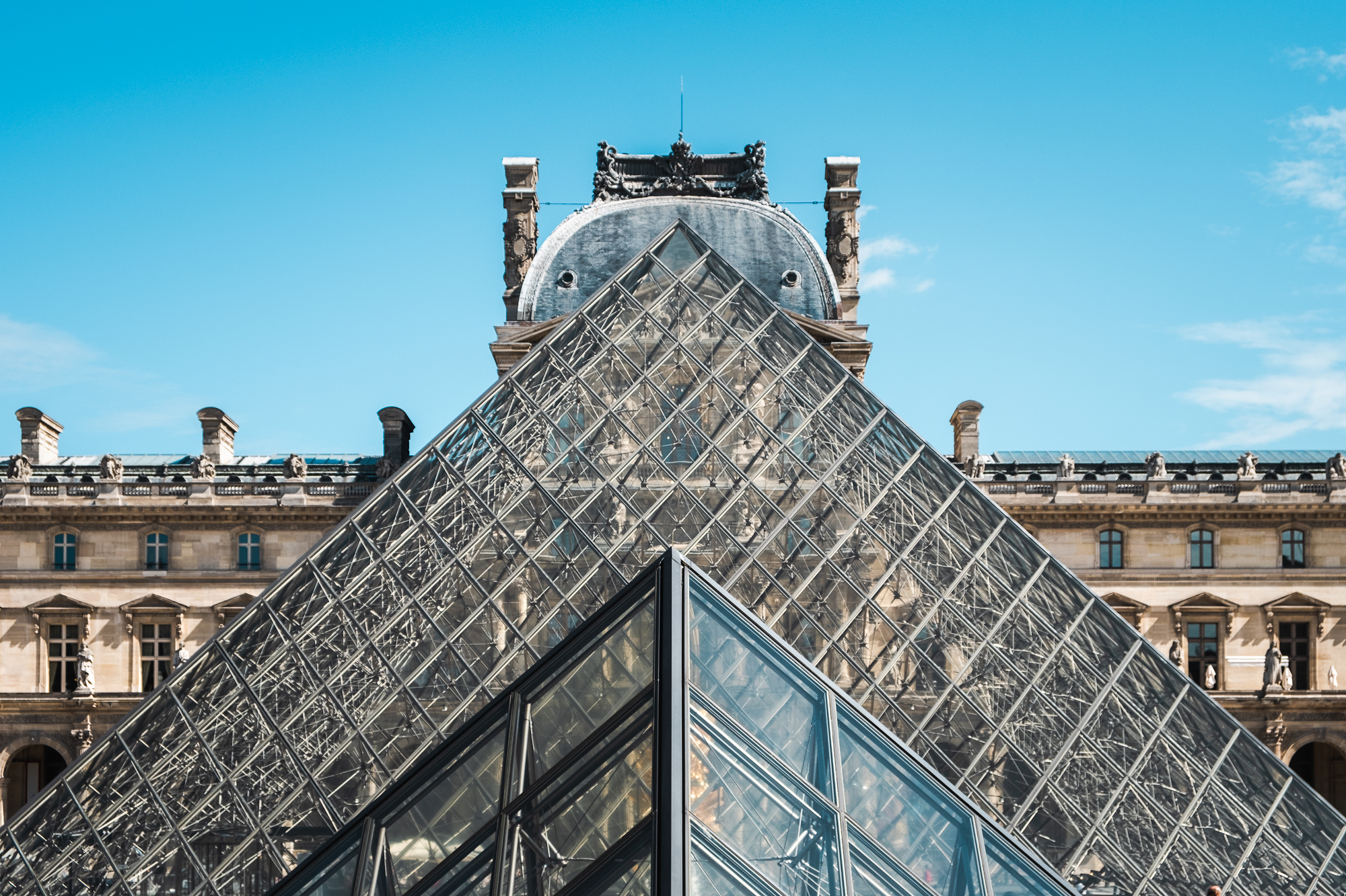 The Louvre Pyramid | Fujifilm XT2 | XF18-55mm | 34mm | 1/680 second | f/5.6 | ISO200
