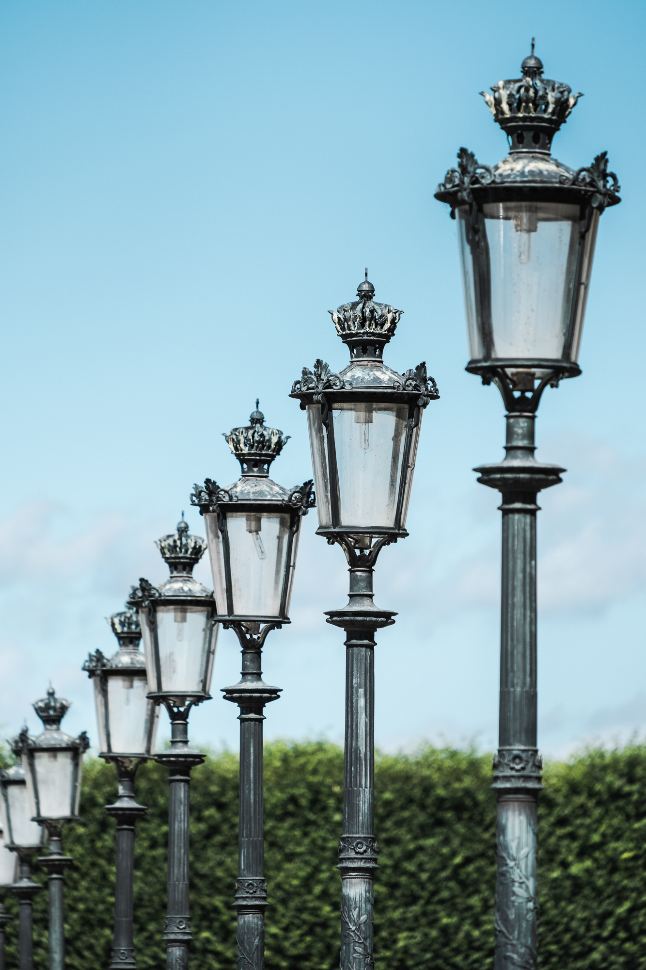 Street Lamps at Musée du Louvre | Fujifilm XT2 | XF55-200mm | 200mm | 1/1,500 second | f/5.6 | ISO200