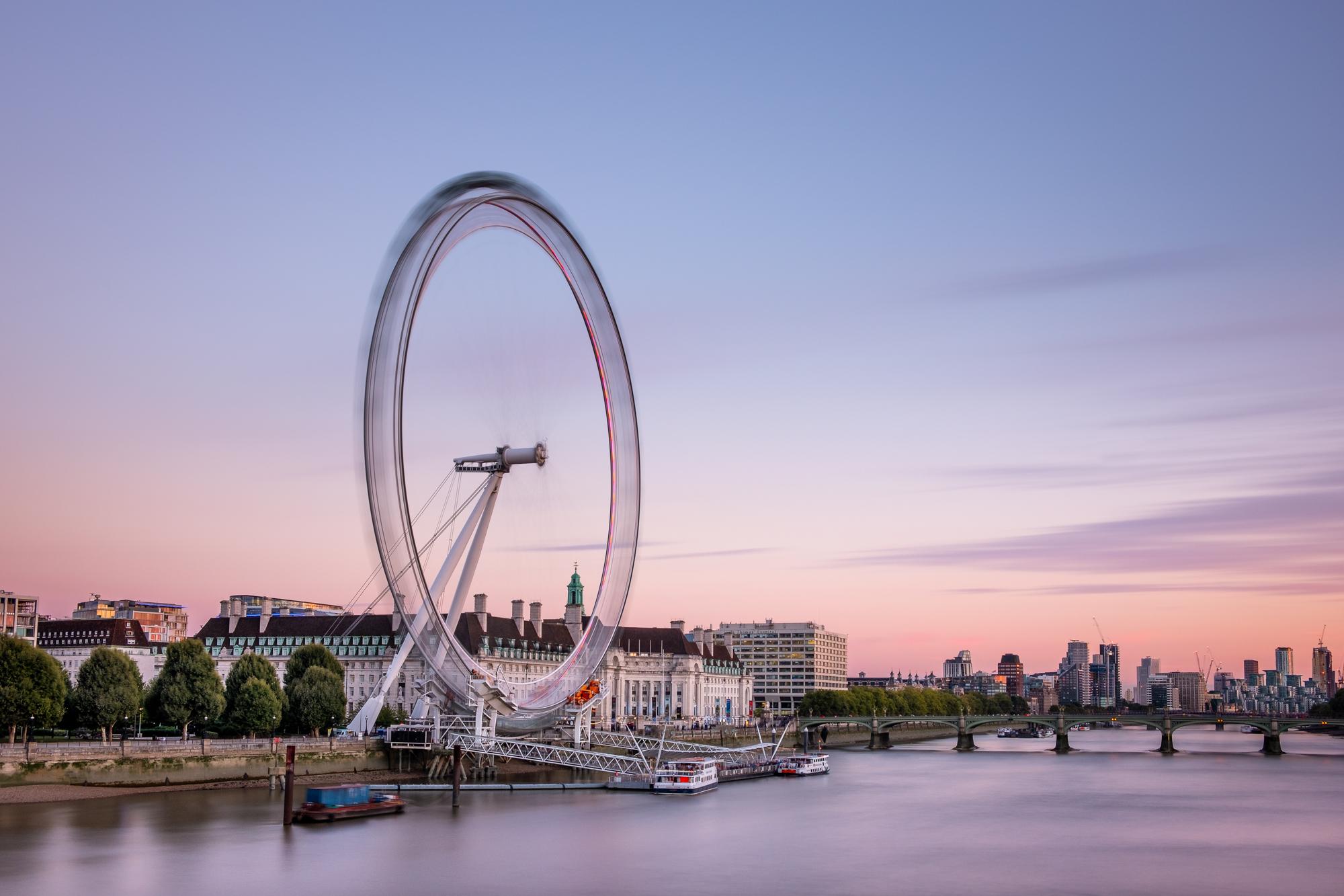 The London Eye | Fujifilm XT2 | XF18-55mm | 24mm | 121 Seconds | f/10 | ISO200