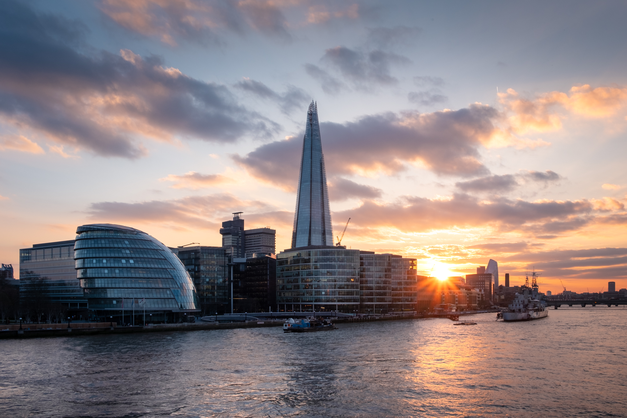More London and The Shard | Fujifilm XT-30 | XF18-55mm | 18mm | 1/45th Second | f/13 | ISO160