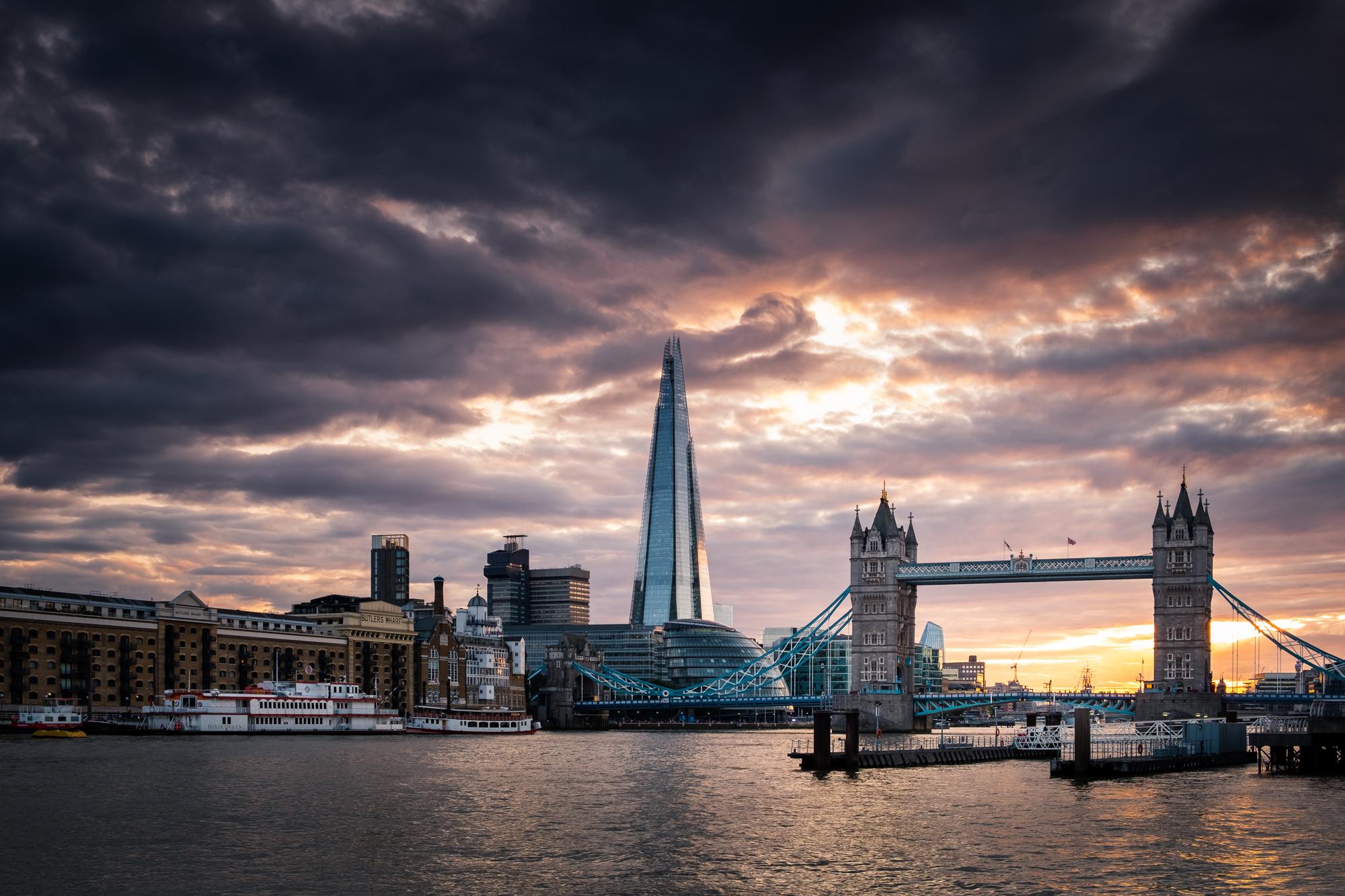 Dramatic London | Fujifilm XT2 | XF18-55mm | 25mm | 1/10th Second | f/8 | ISO200