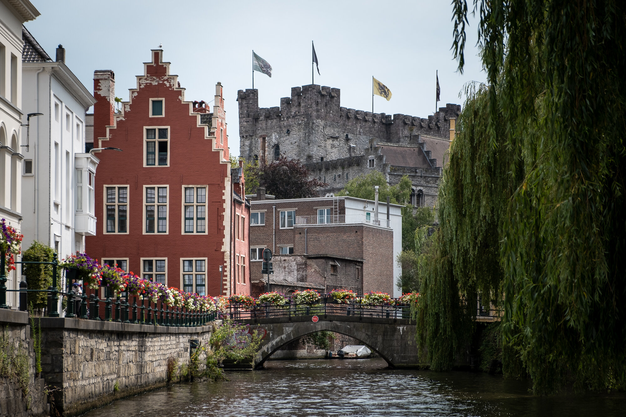 A view of Gravensteen Castle from along the river | Fujifilm XT-30 | XF18-55mm | 55mm | 1/1,000 Second | f/4 | ISO160