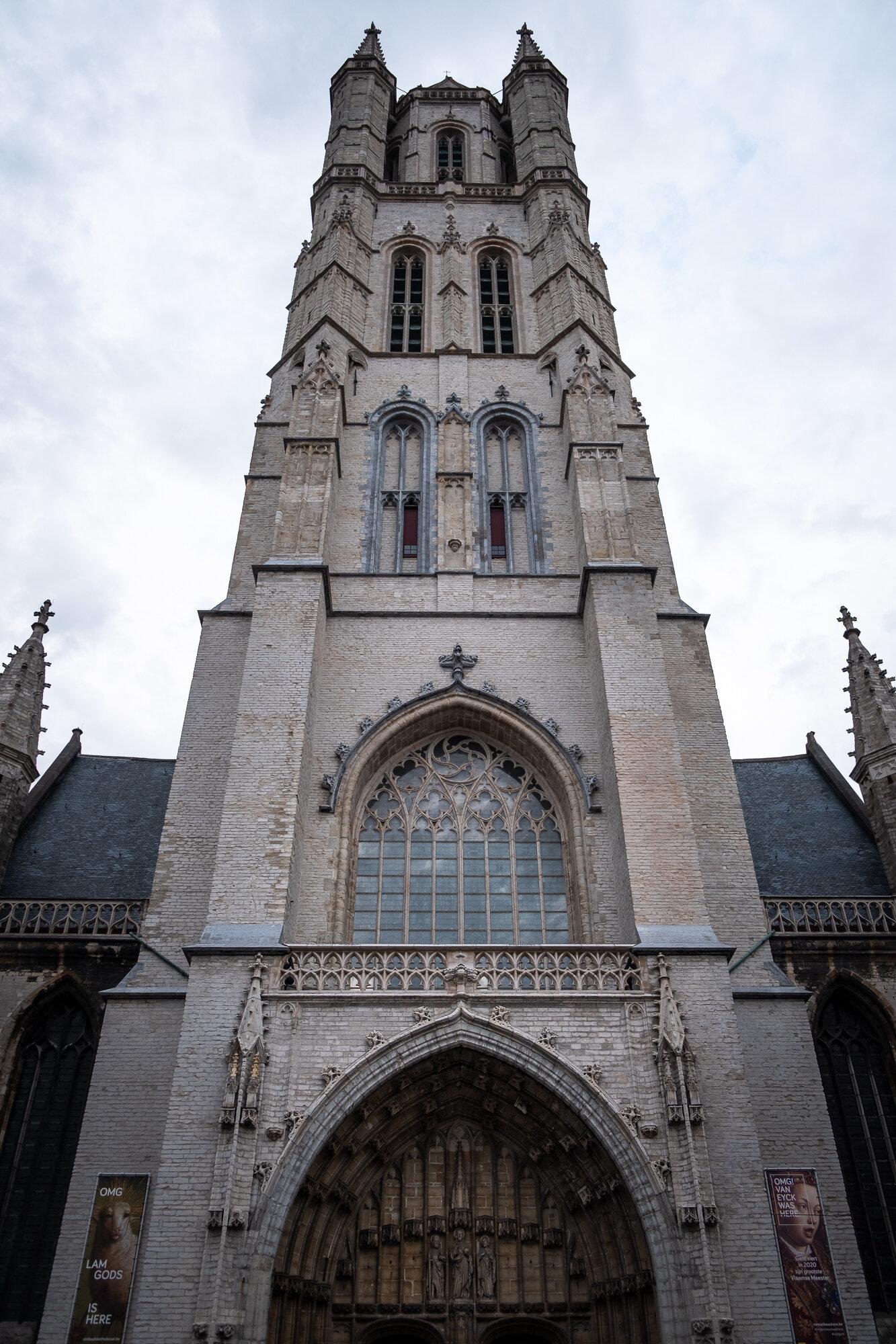 Looking up at Saint Bavo Cathedral