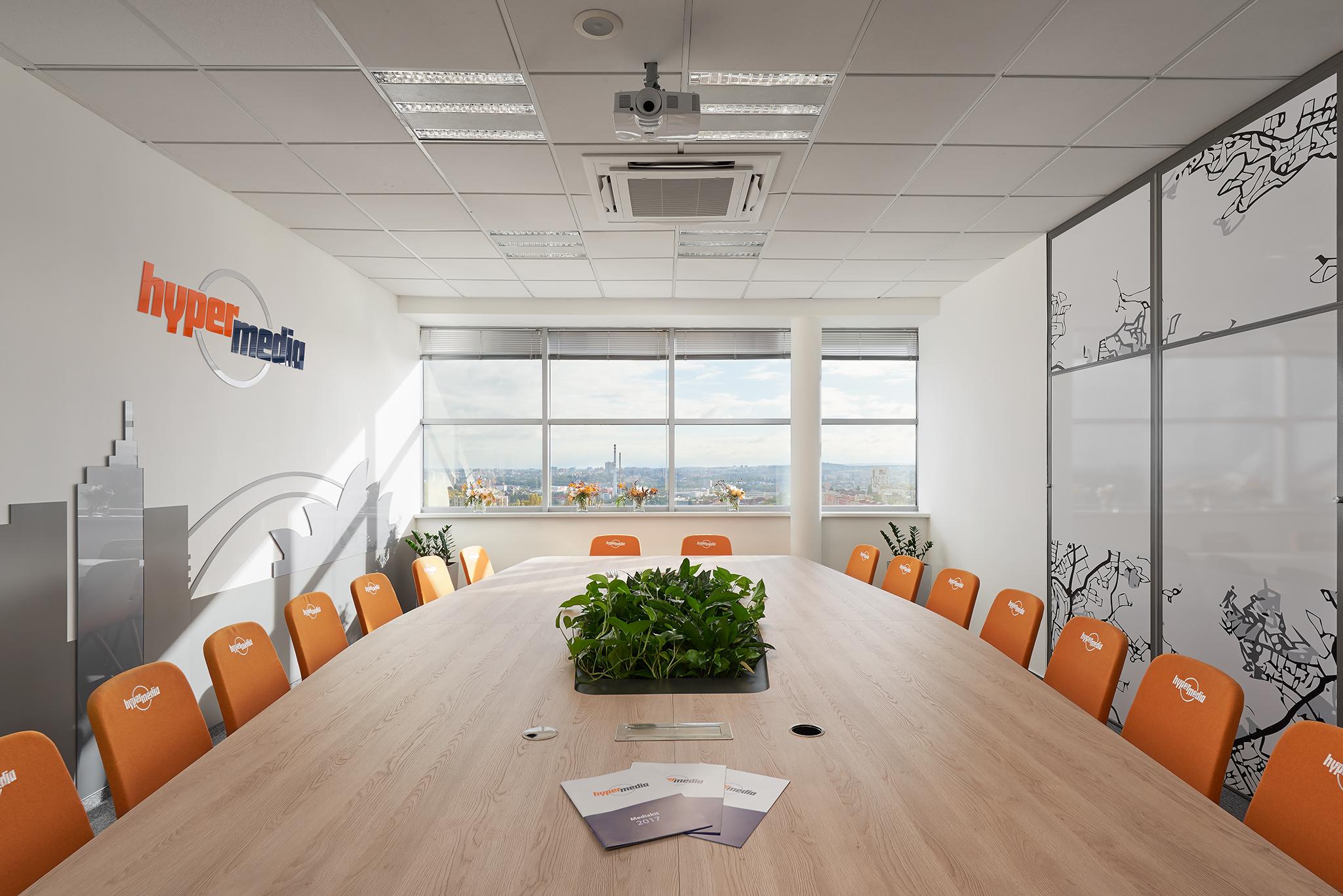 Hypermedia offices