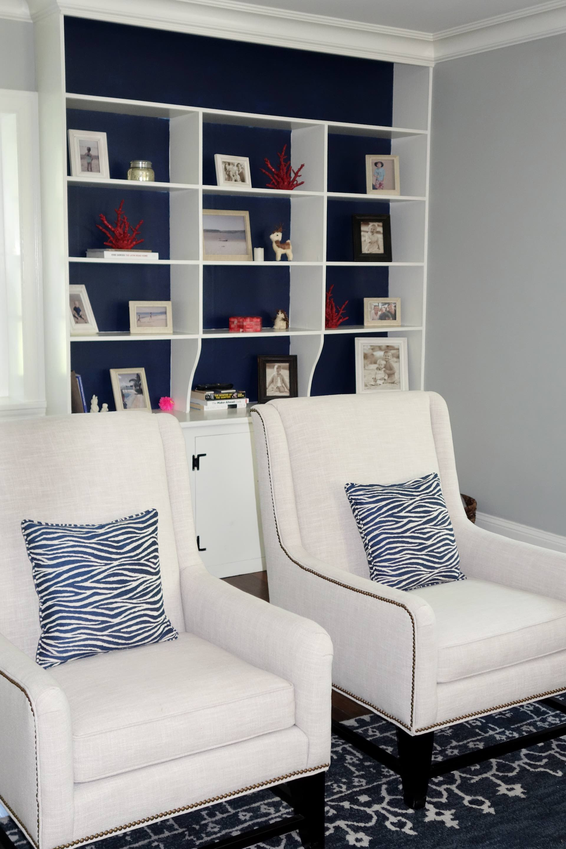 sofa seatas.jpg