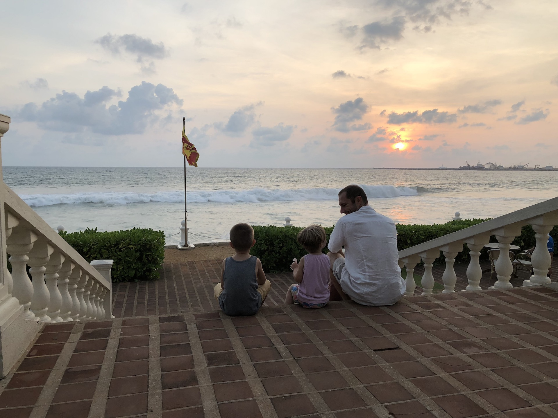 Sunset in the garden of the iconic Galle Face Hotel in Colombo. 2018. Photo © Szilvia Molnár