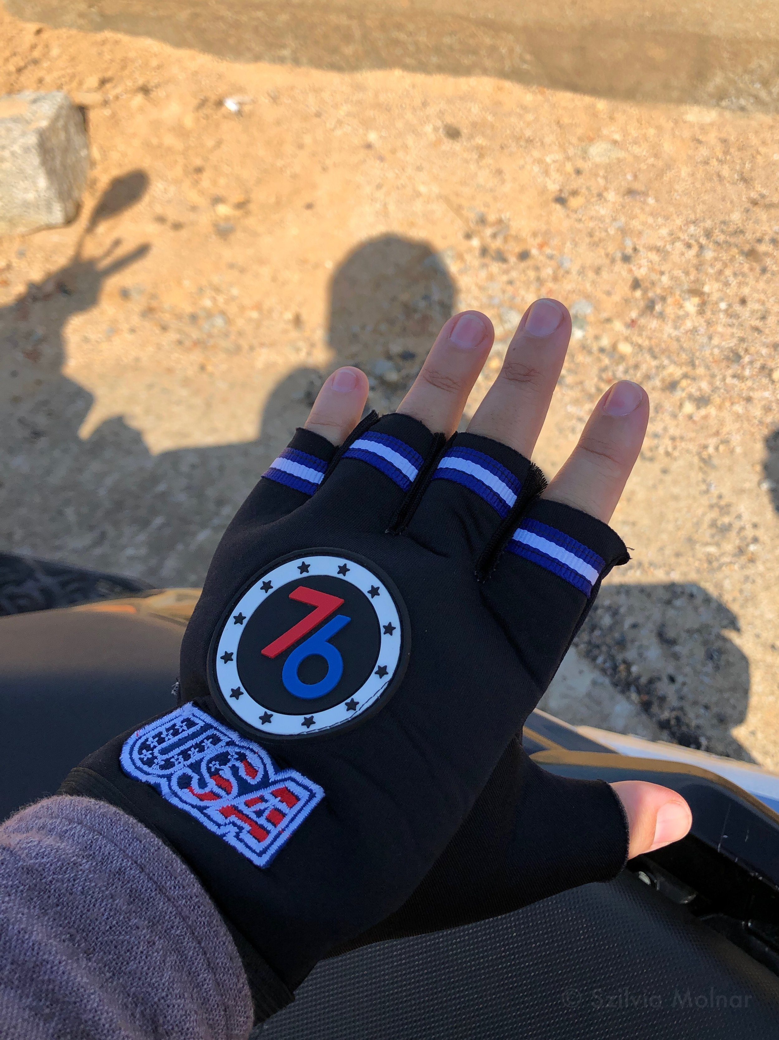 The only gloves I could find…
