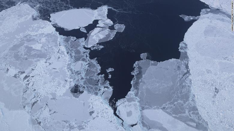 180822135638-02-greenland-ice-file-exlarge-169.jpg