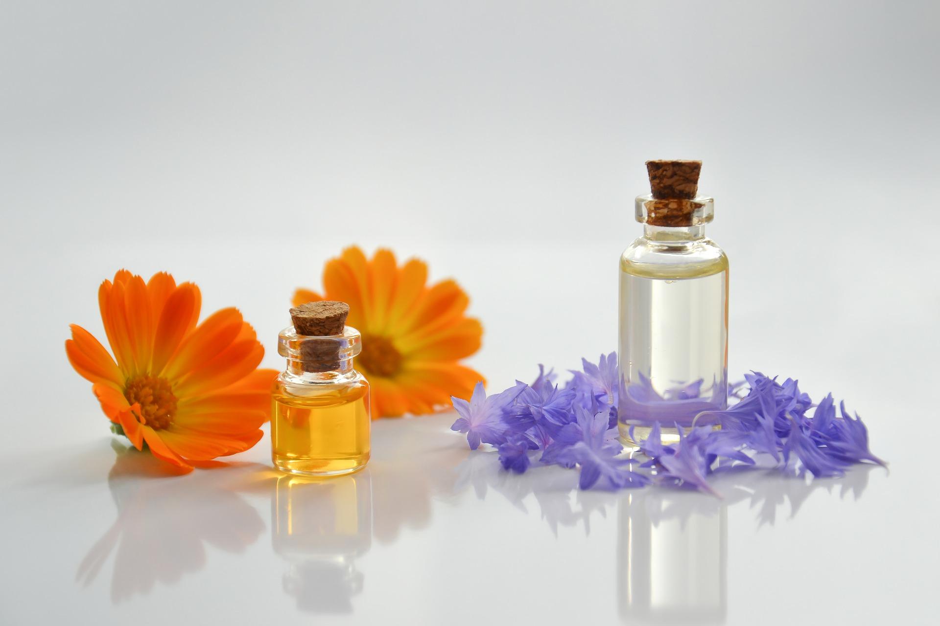 essential-oil-4065187_1920.jpg