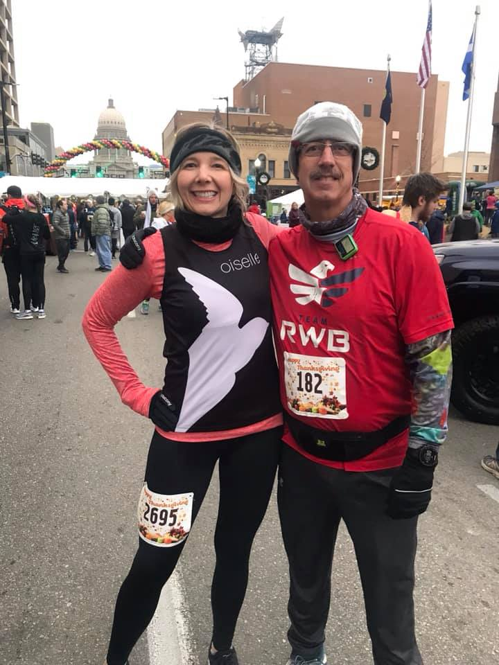 Lisa DONNELLEY, Wayne Riley - Turkey Day 5K
