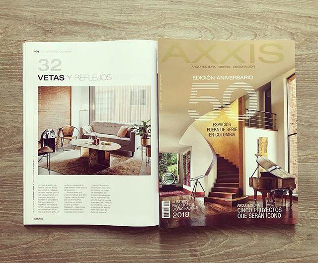 Celeste en @revistaaxxis Edición Aniversario . . . . . . . #marbledesign #marble #marmol #furnituredesign #mobiliario #design #diseñodemobiliario #bogota #london #designboom #interiordesign