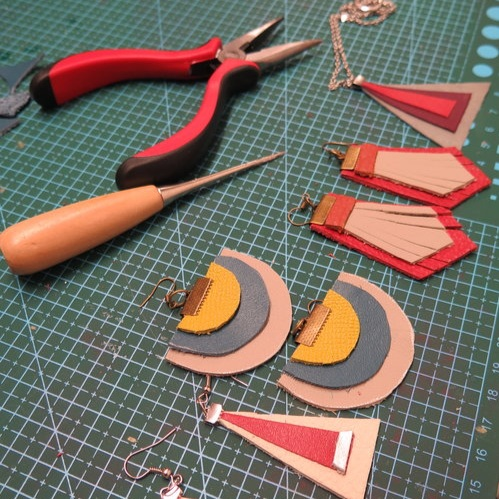 Leather/Leatherette Jewellery Making - Leather tassels, leaf pendants & geometric shapes will be made in your choice of leather (or if you prefer leatherette). These pieces can then be created into key-rings, handbag charms, necklaces, earrings or bracelets.
