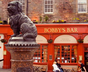 Statue of the Greyfriars Bobby - the most faithful of all dogs