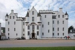 250px-Blair_castle_-_facade.jpg