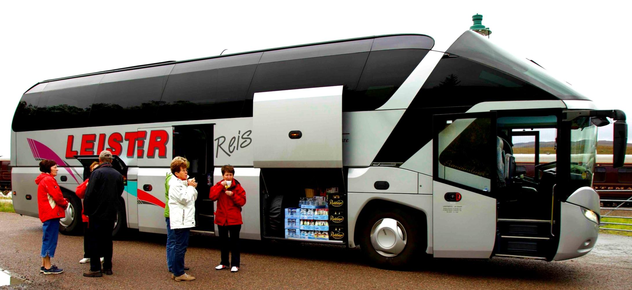 Tour+bus