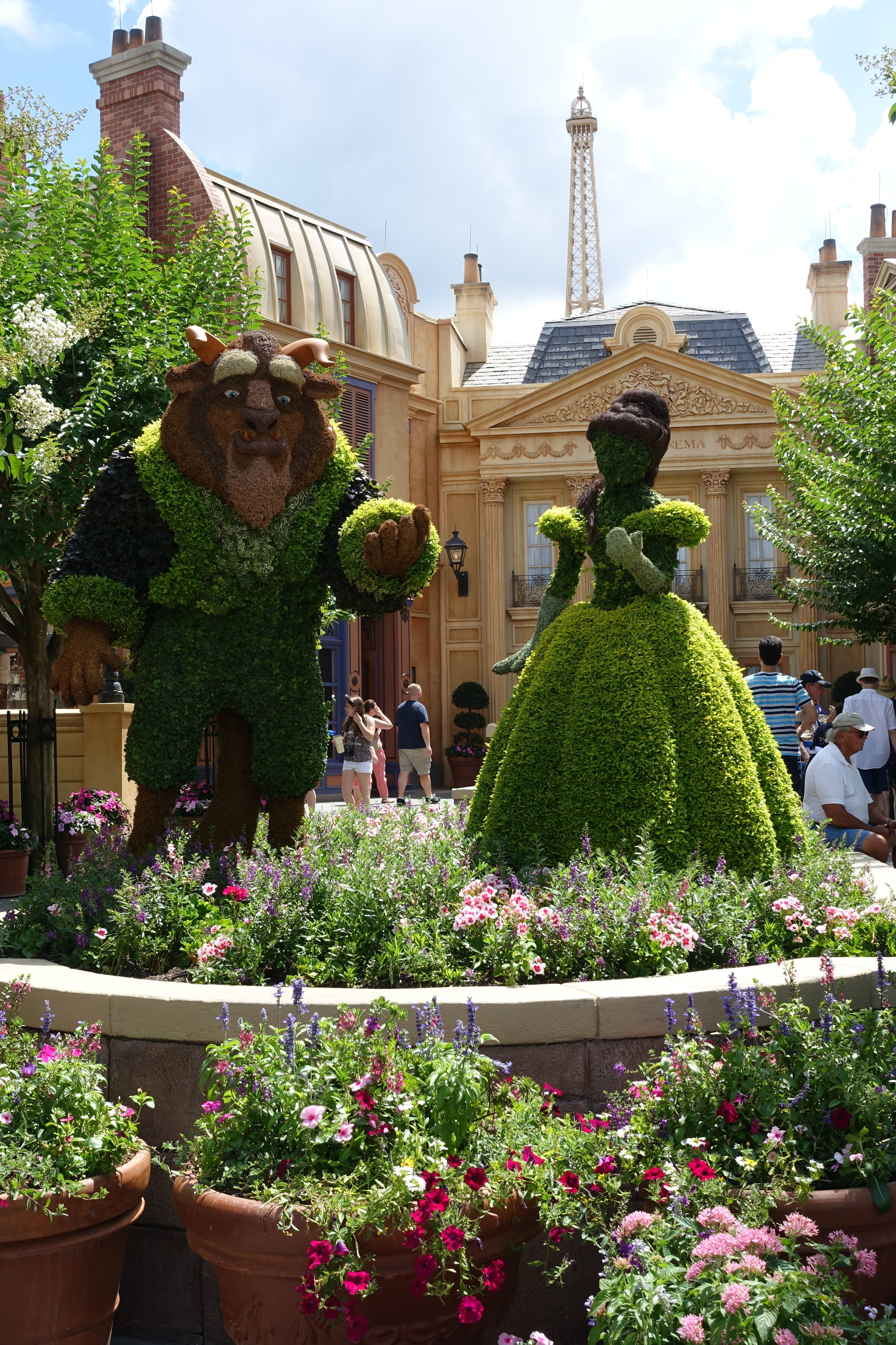 Belle and Beast topiary in the France pavilion.