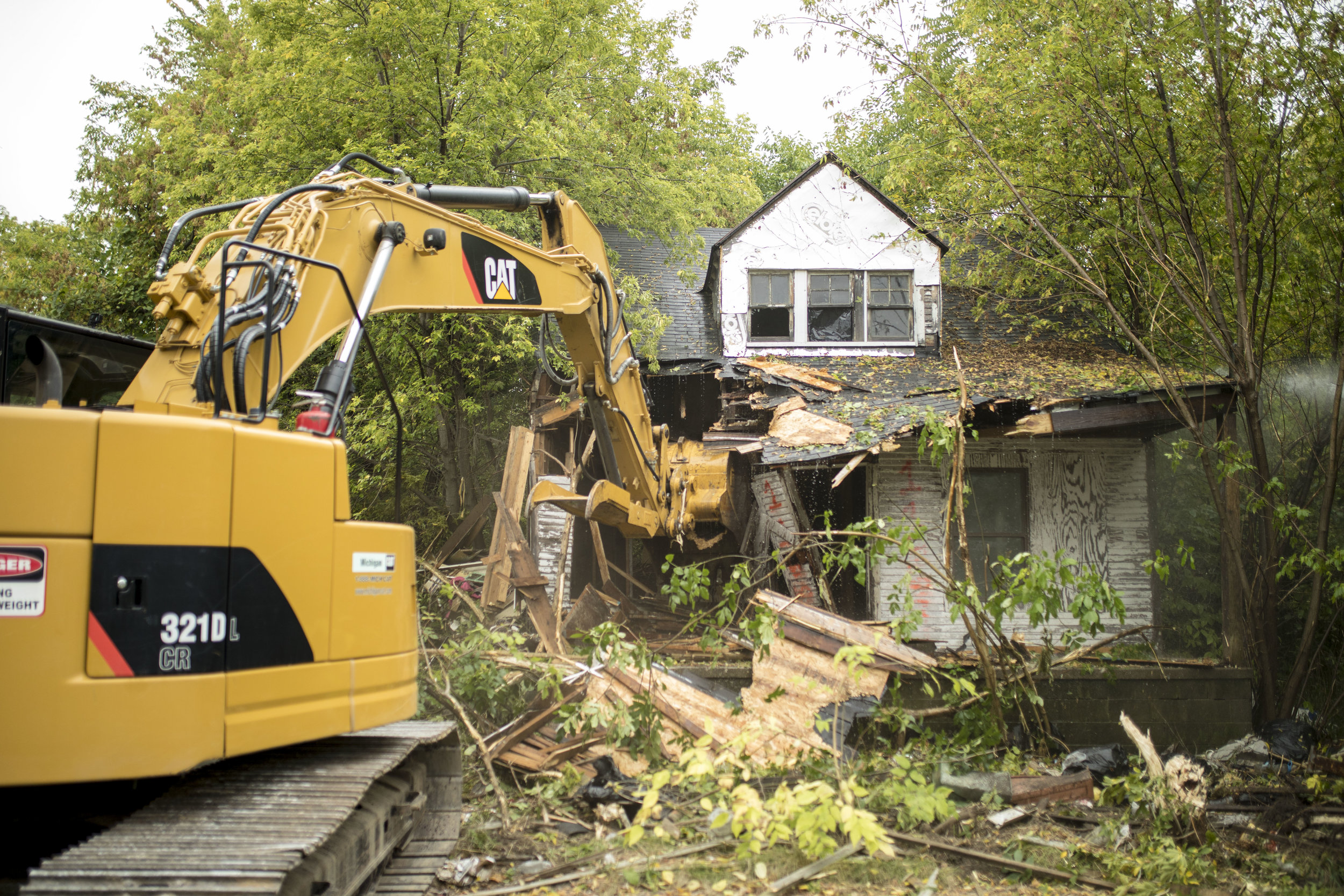 DEMOLITION - Commercial, residential, and emergency work