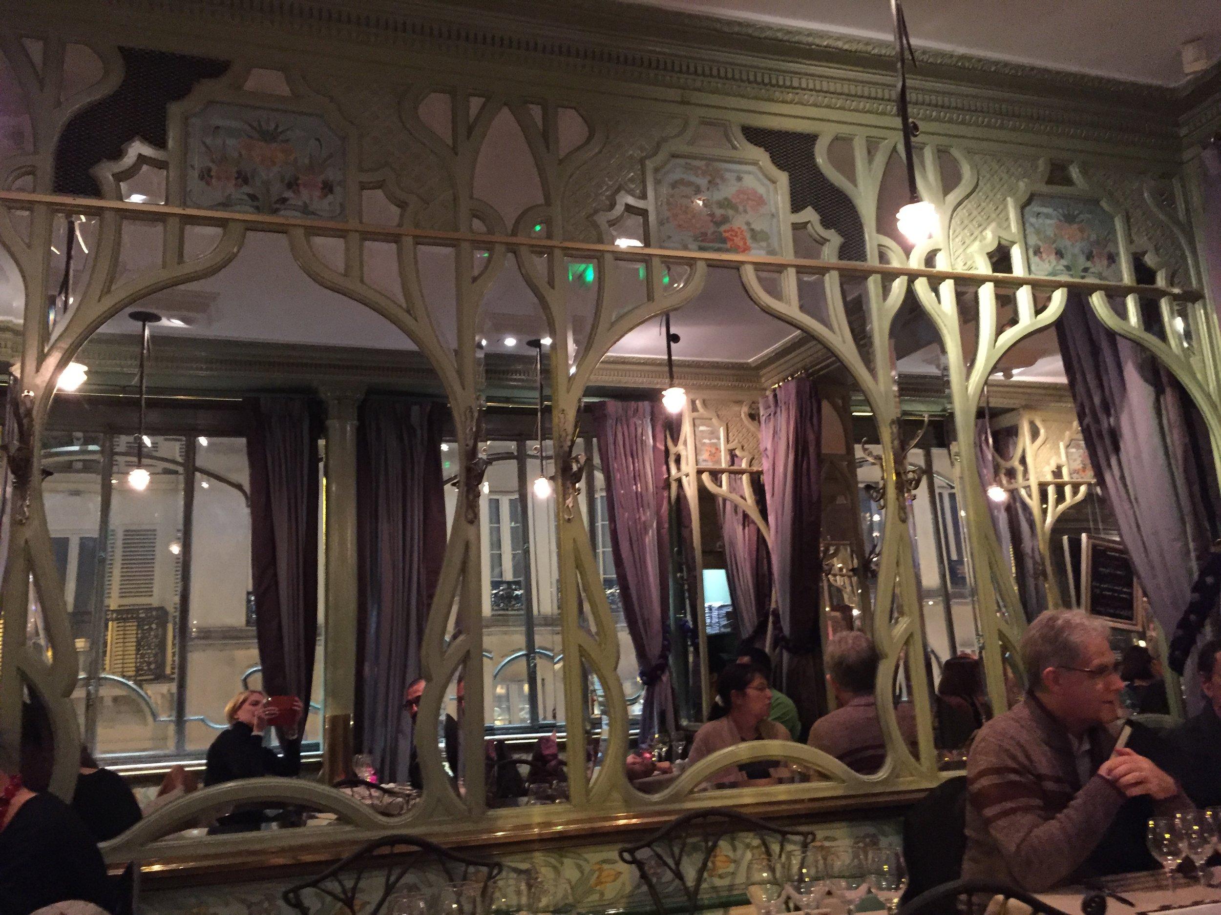 restaurant bouillon racine 5.JPG