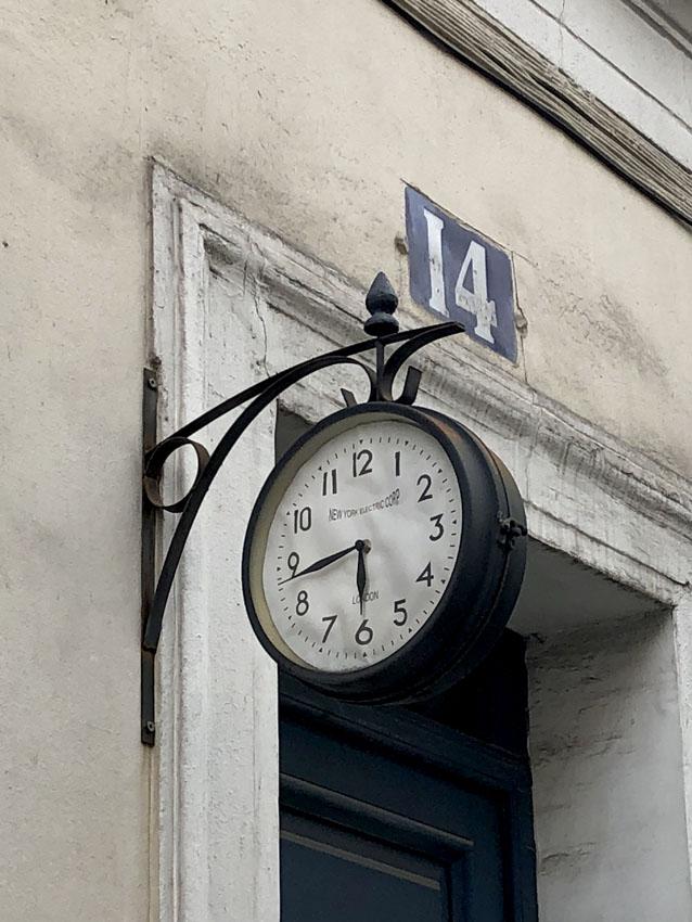 rue crémieux 3.jpg