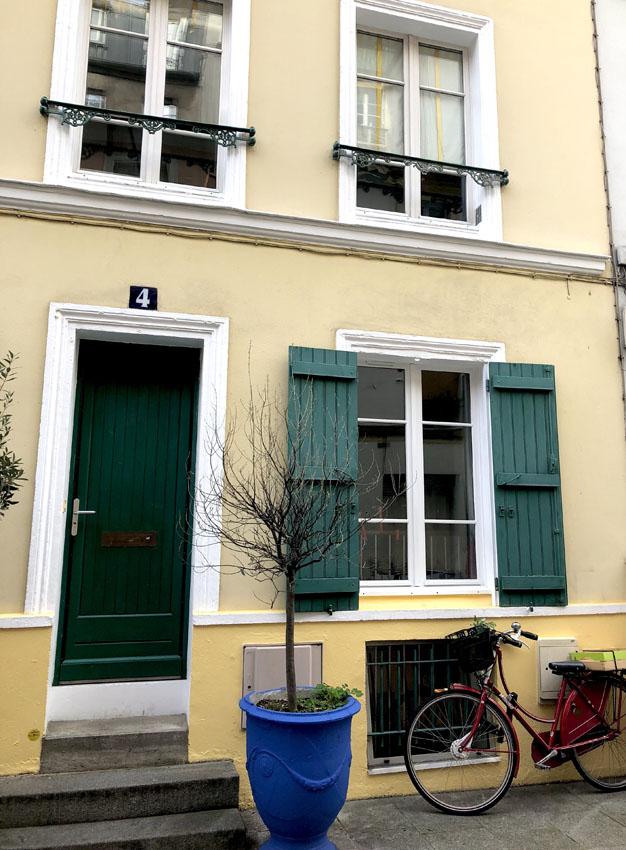 rue crémieux 4.jpg