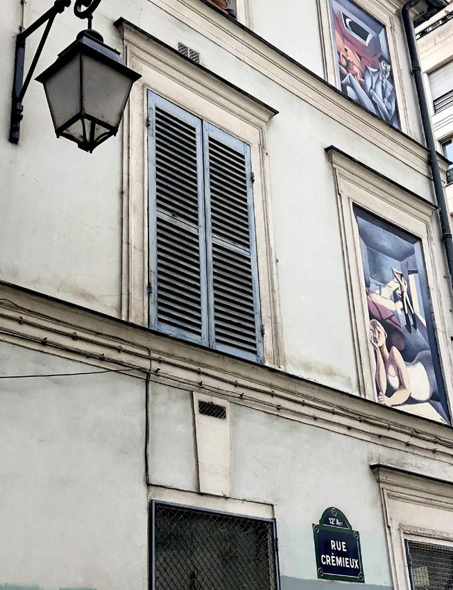 rue crémieux 5.jpg