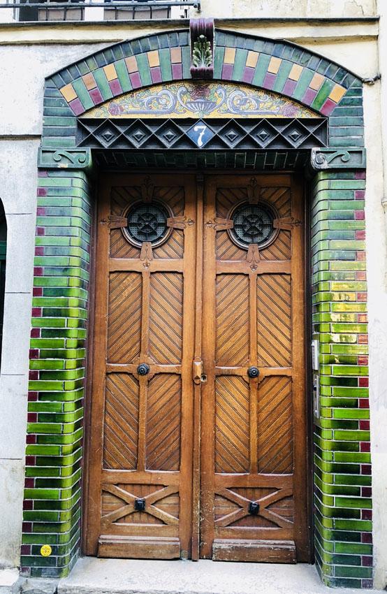 rue guenegaud 1 porte ceramique.jpg