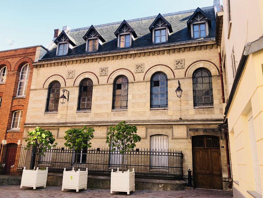 villa des arts 5 la-tete-en-lair.net.jpg