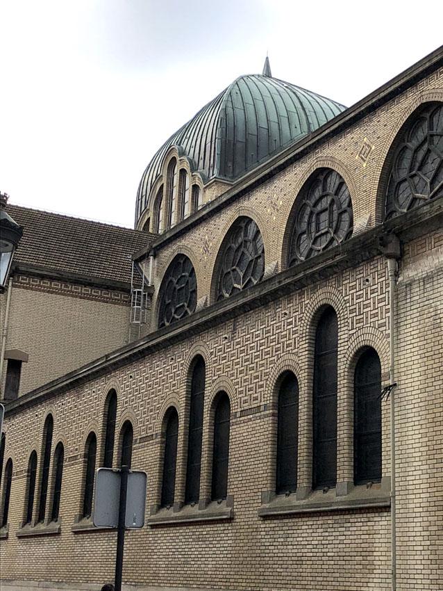paroisse saint leon 2 la-tete-en-lair.net.jpg