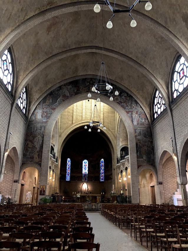 paroisse saint leon 13 la-tete-en-lair.net.jpg