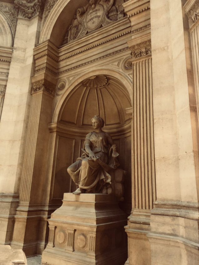 tribunal de commerce de paris 21 la-tete-en-lair.net.jpg