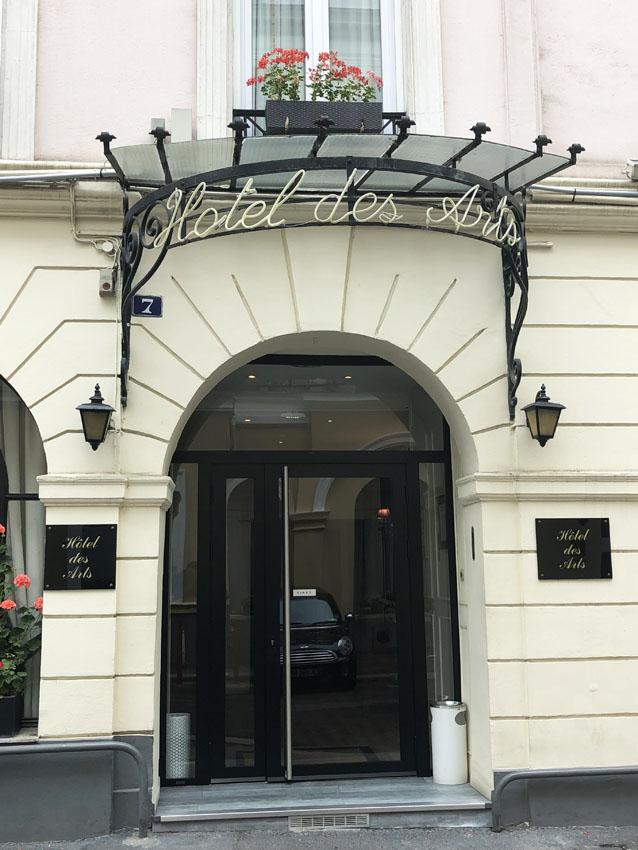 cité bergère 12 hotel des arts.jpg
