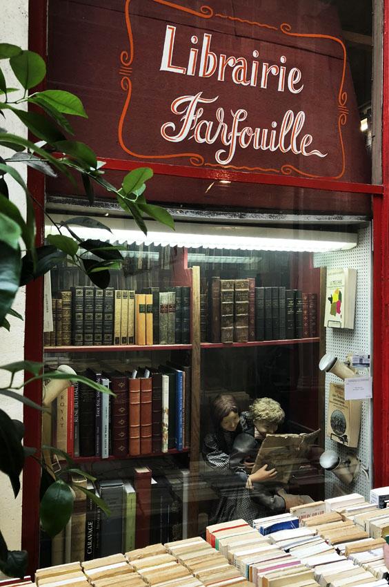 passage jouffroy 6 librairie farfouille.jpg
