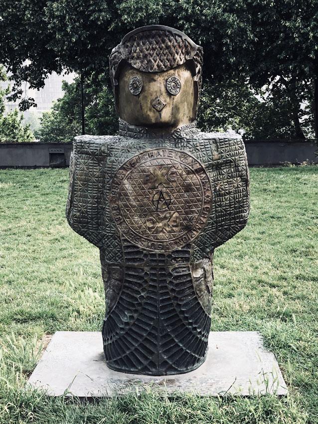 statues les enfants du monde rachid khimoune 16 la-tete-en-lair.net.jpg