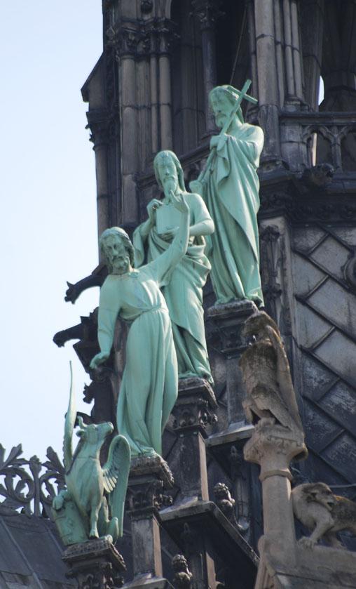 cathedrale notre dame de paris 9 la-tete-en-lair.net.jpg