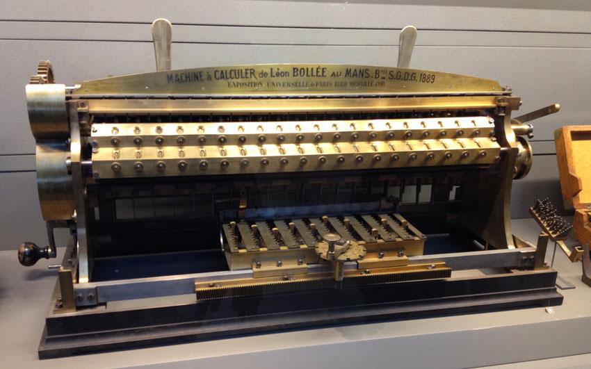 MACHINE A CALCULER DE LEON BOLLÉE