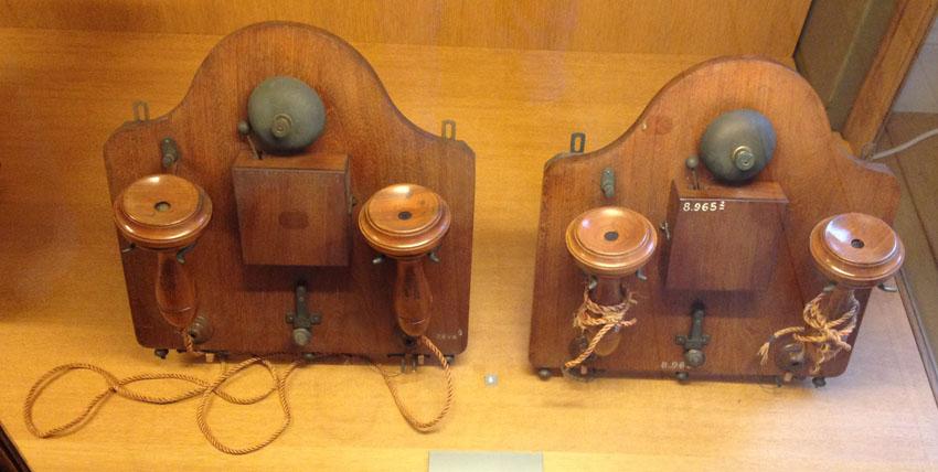 TRANSMETTEURS TÉLÉPHONIQUES MICROPHONIQUES