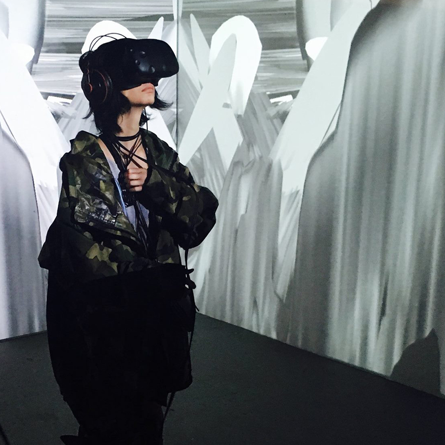 ELECTRONICS ARTIST: REILLY DONOVAN   Vesica Pisces, Virtual Reality Experience in Collaboration with Noisefold, 2017