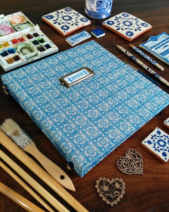 HandmadeBook700_112856.jpg