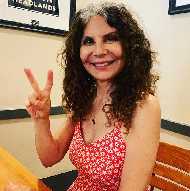 "🙏 @saltandpeppermintpatty ""I am #happy 😀😀😀to announce I got the results of my #mri and I am officially #cancerfree! 😅👍🙏🏽 I've been hush-hush about my #cancerdiagnosis and more focused on my #goinggrey journey -which resulted from my diagnosis and my wanting to avoid exposure to potentially #harmfulchemicals from #headtotoe, but I couldn't be happier and wanted to share my #victory 🎉🎊with you. ❤️🧚🏽‍♀️😇"" #sarcomaawareness #curesarcoma"
