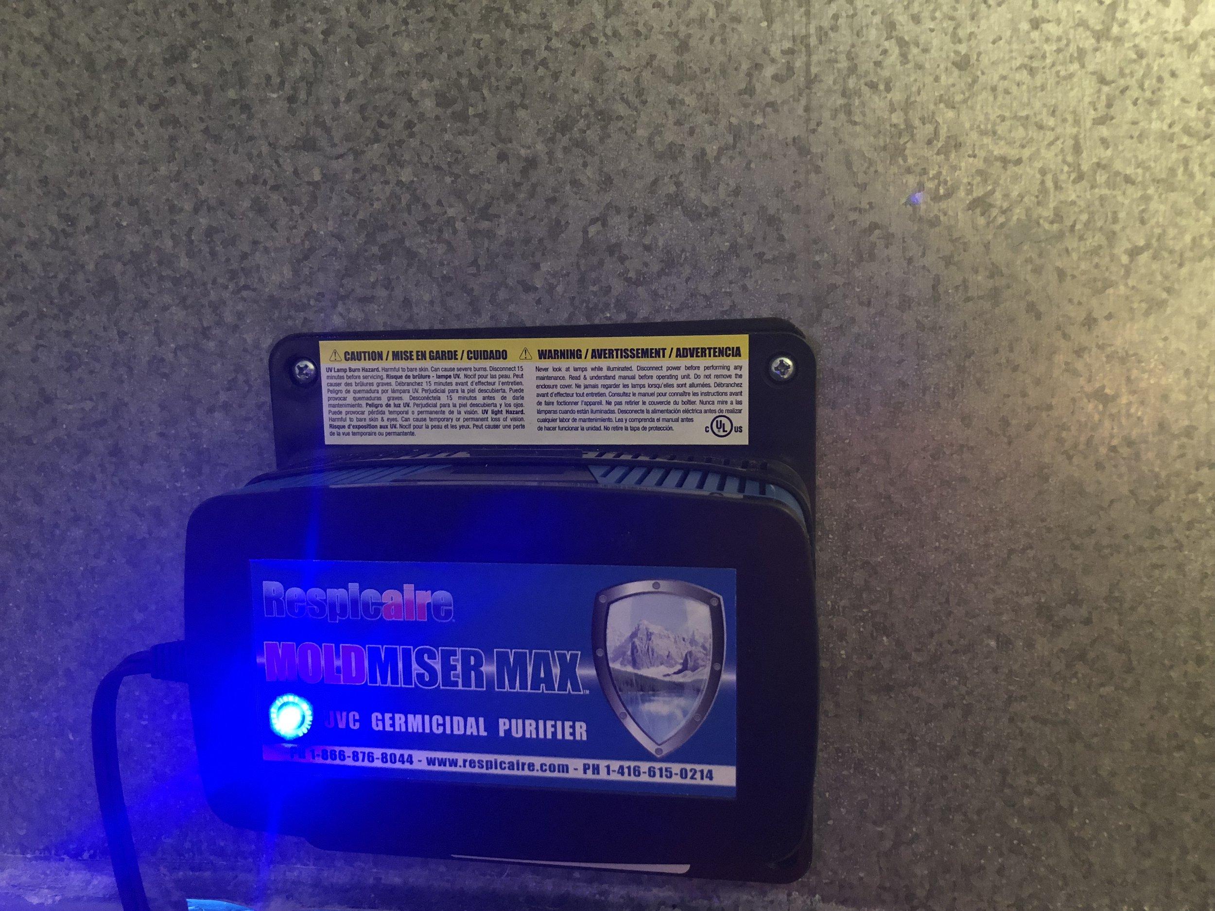Respicaire Ultraviolet Light System