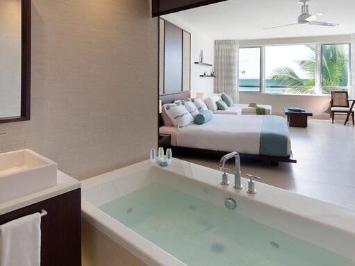 MTI BATHS KAHLO TUB    D'Amico Design Associates  for Wymara Turks & Caicos