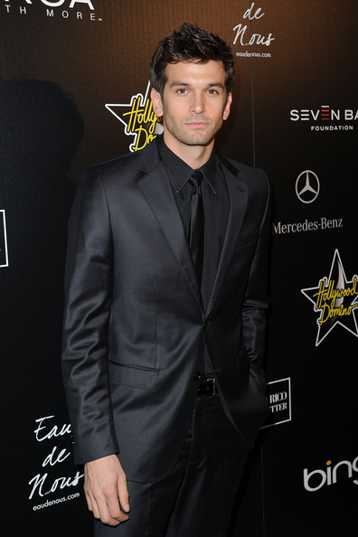 Colin+Owens+4th+Annual+Hollywood+Domino+Gala+225_ZrpTVUGl.jpg