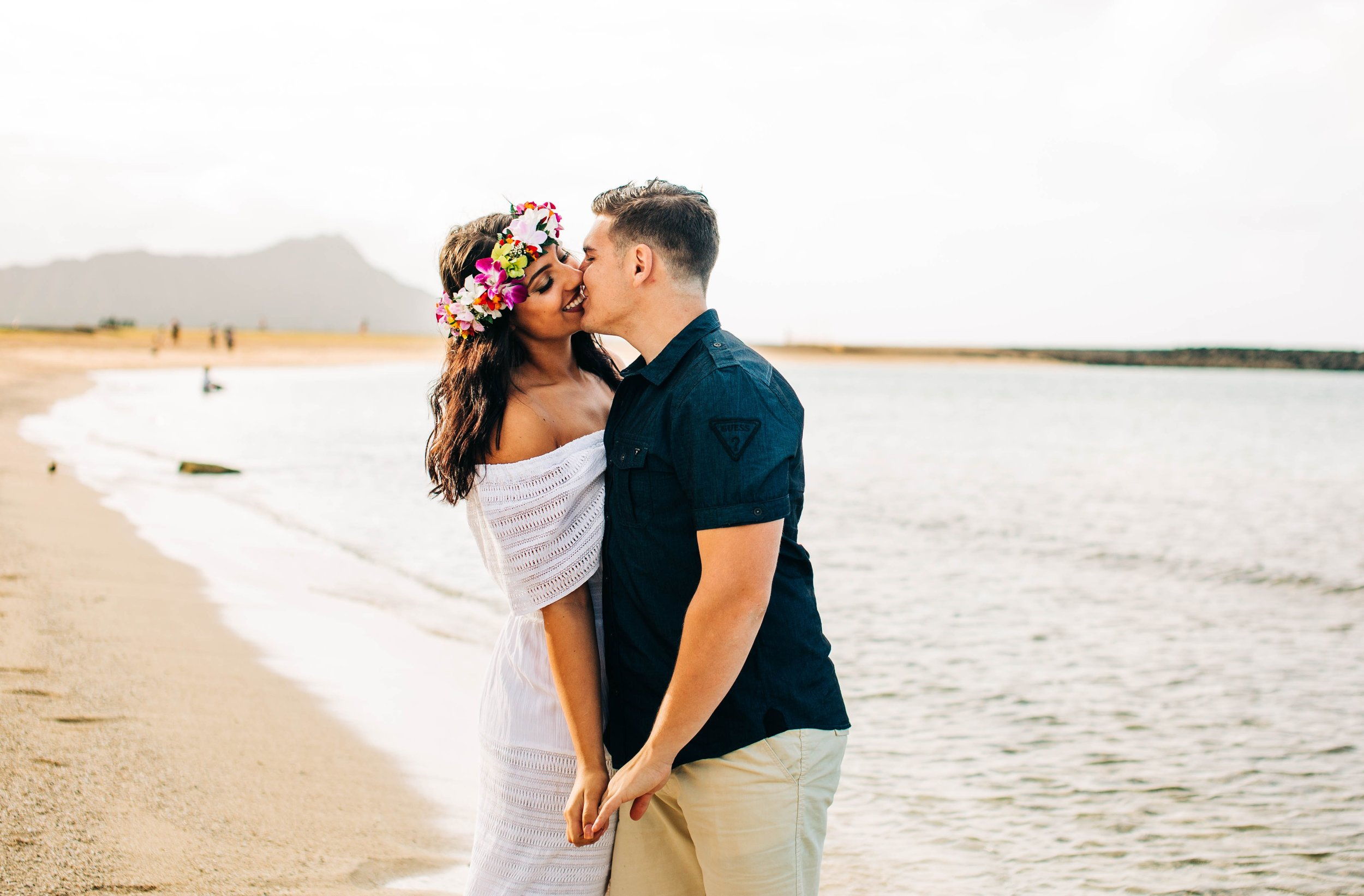 waikiki-hawaii-engagement-session