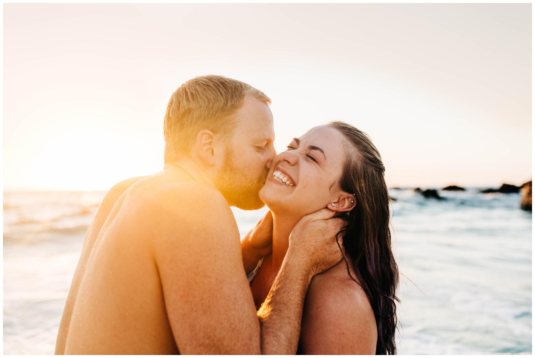 kua-bay-hawaii-engagement-photo-session