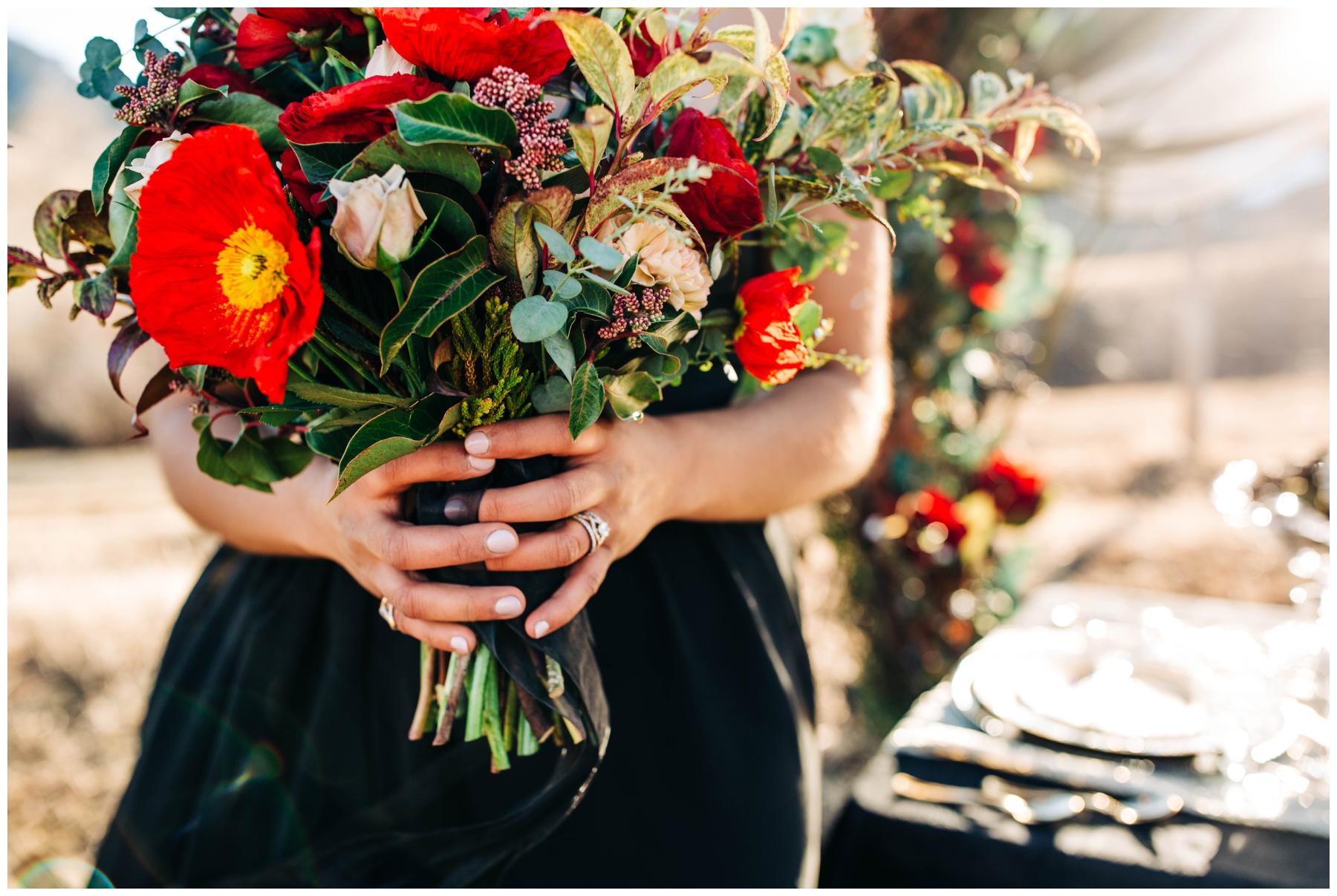 Hawaii-wedding-floral-arrangement