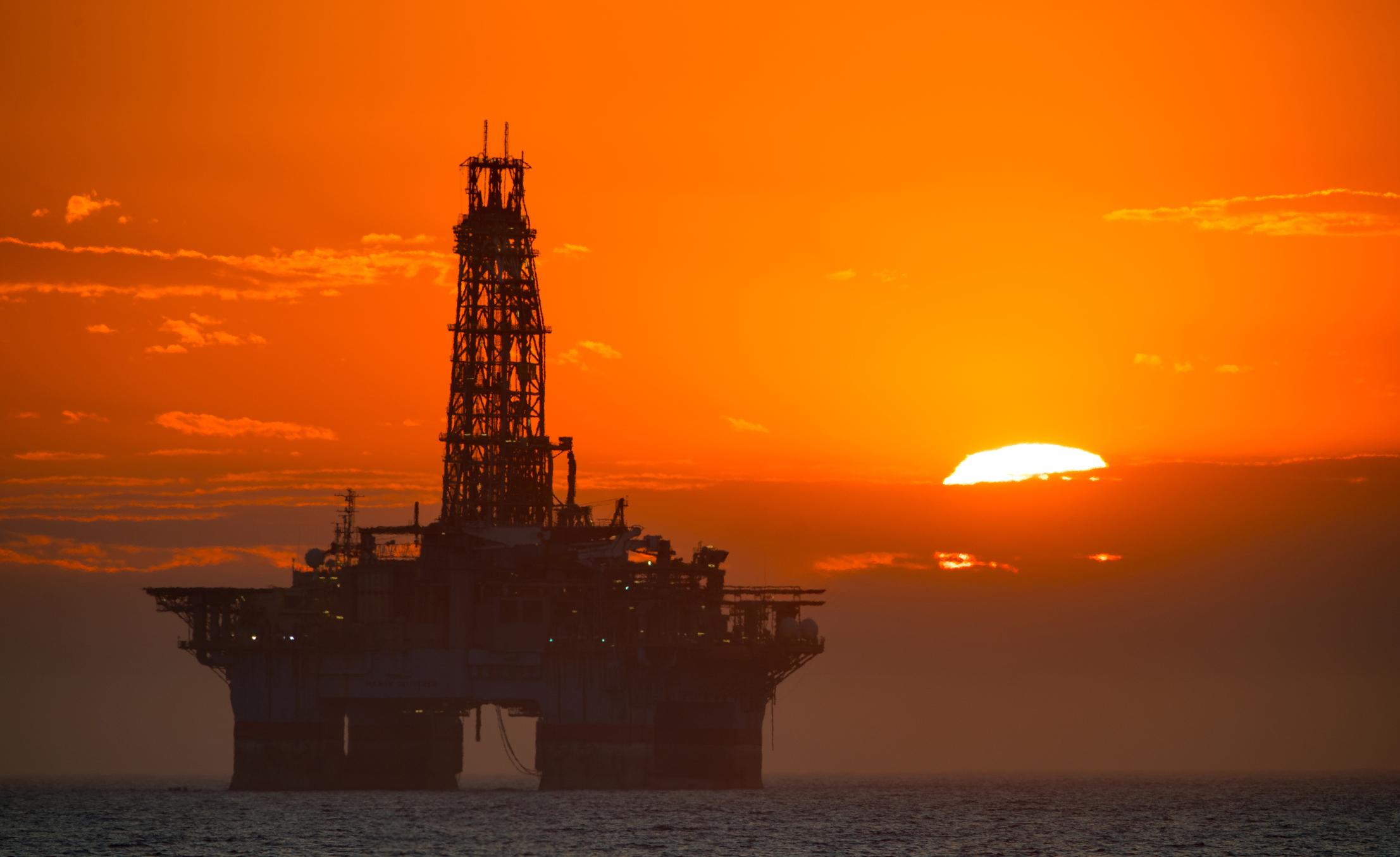 oil platform 3.jpg