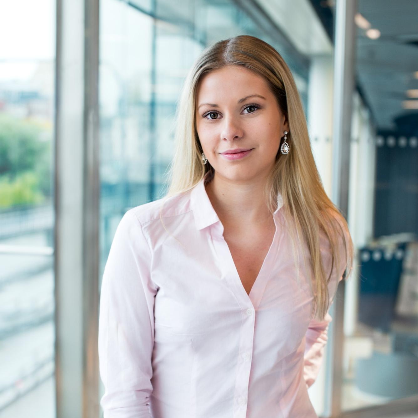 Nadine Lind   Göteborg   nadine@meetagain.se   010 171 71 36