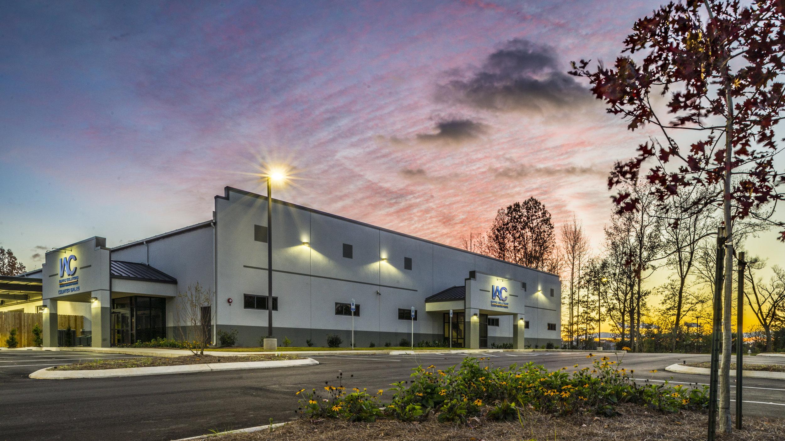 Industrial: IAC Bartlett  Architect: Ross Witt  Photography: Paradigm Marketing